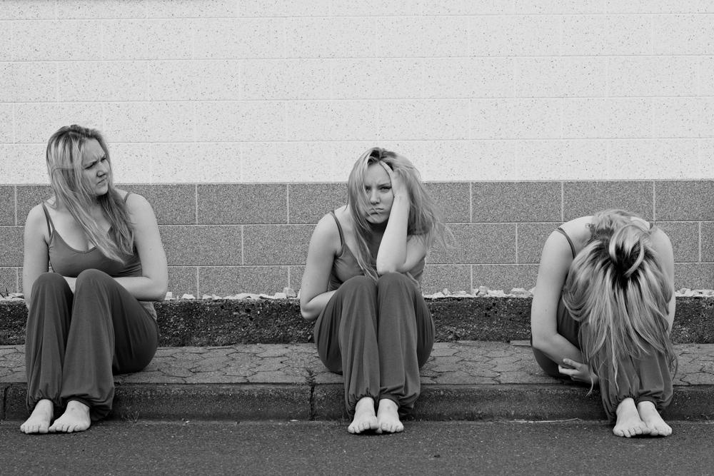 Selbstportrait in schwarz-weiß zu einem Blogpost über gelerntes von Blickwinkel Fotografie Vanessa von Wieding in Emmerthal bei Hameln