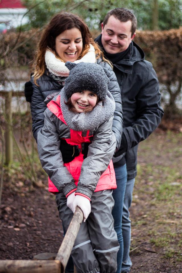Familienshooting zu Dritt mit Blickwinkel Fotografie Vanessa von Wieding in Emmerthal bei Hameln